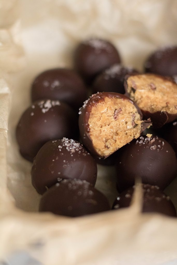 healthy cookie dough wanna be chocolate balls to bake when stressed