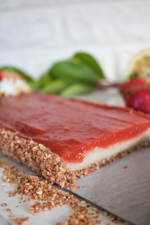 Vegan strawberry lemon tart