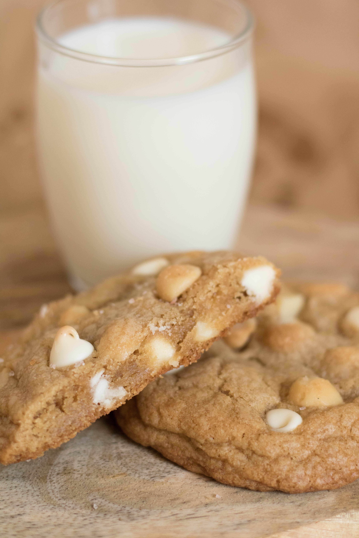 white chocolate macadamia cookies (29 of 29)