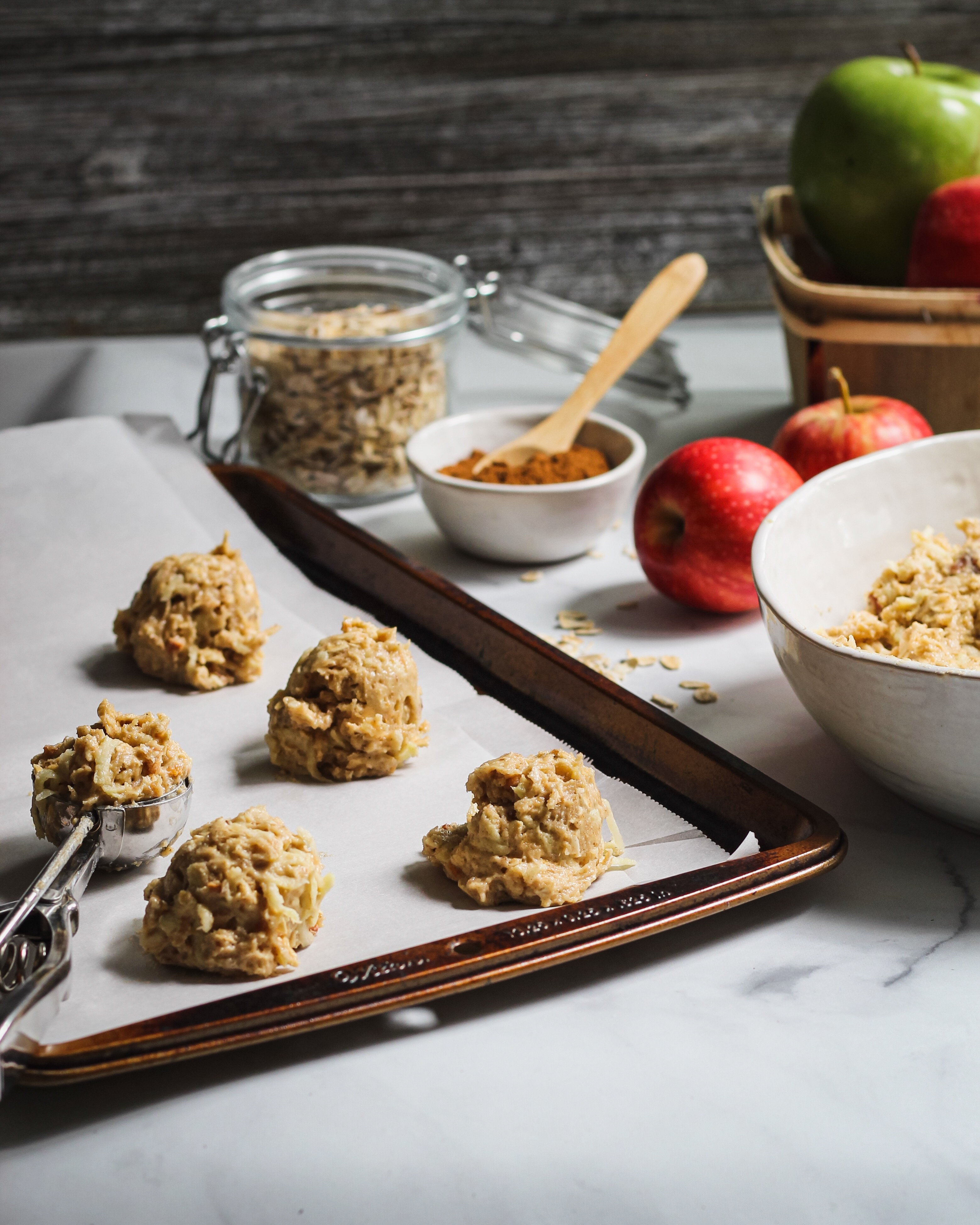 apple cinnamon oatmeal cookies