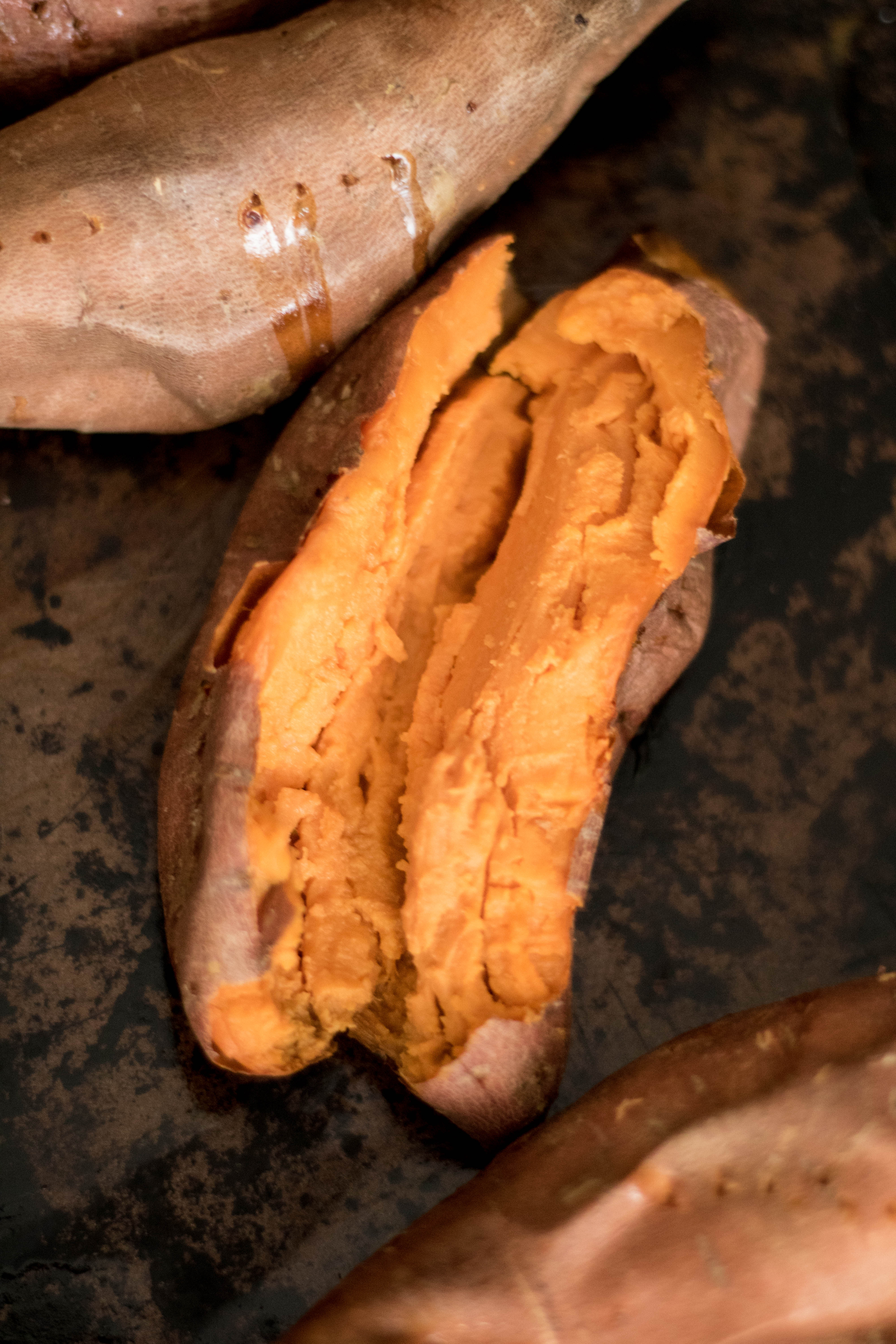 How to bake sweet potatoes in the oven