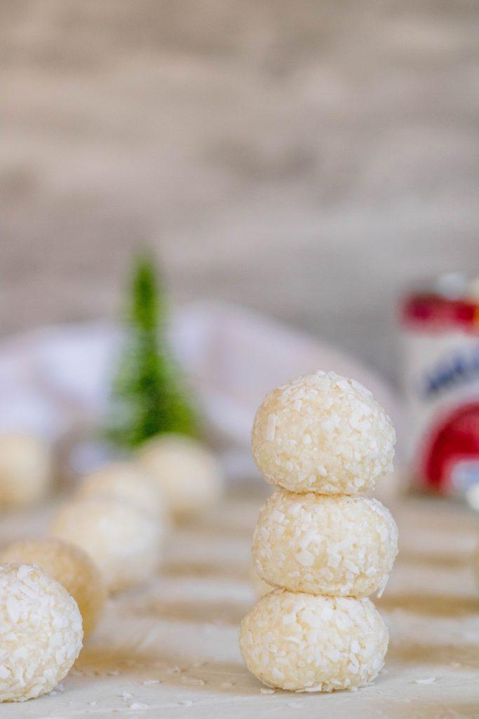 Super easy coconut ball recipe for Christmas