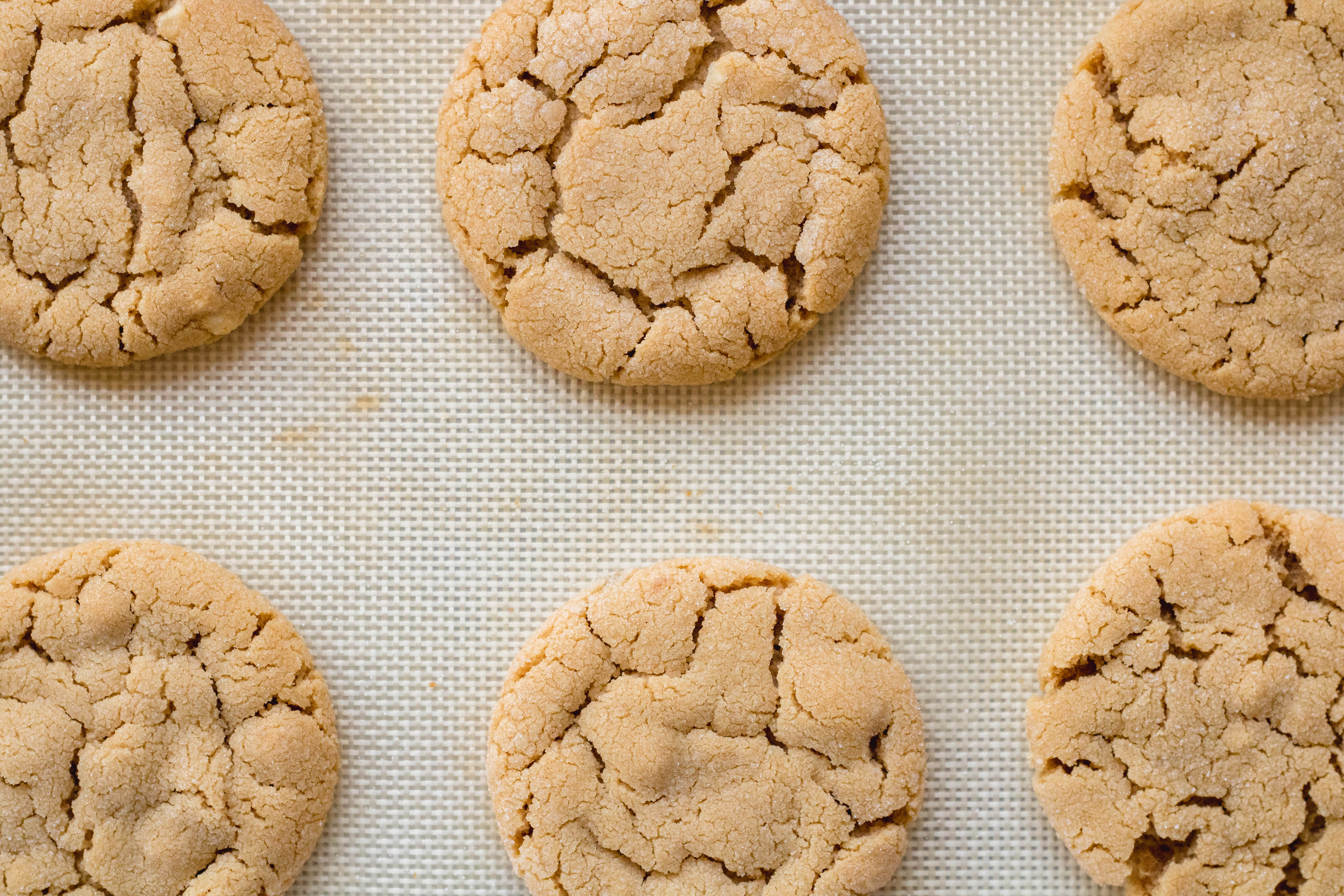 Baked small batch peanut butter cookies