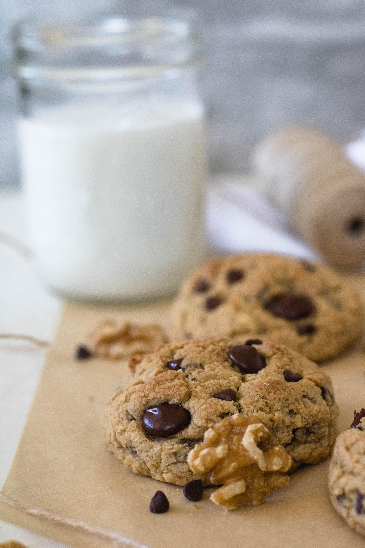 Giant walnut chocolate chip cookies