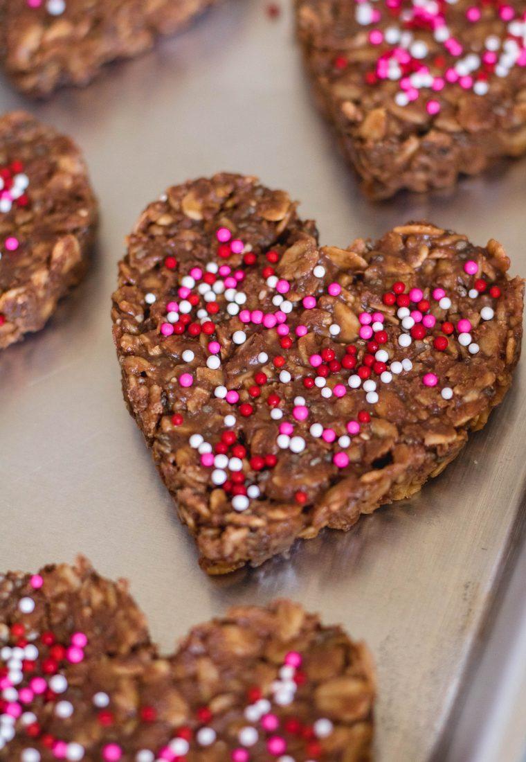 Healthy No Bake Cookies | Valentine's Day