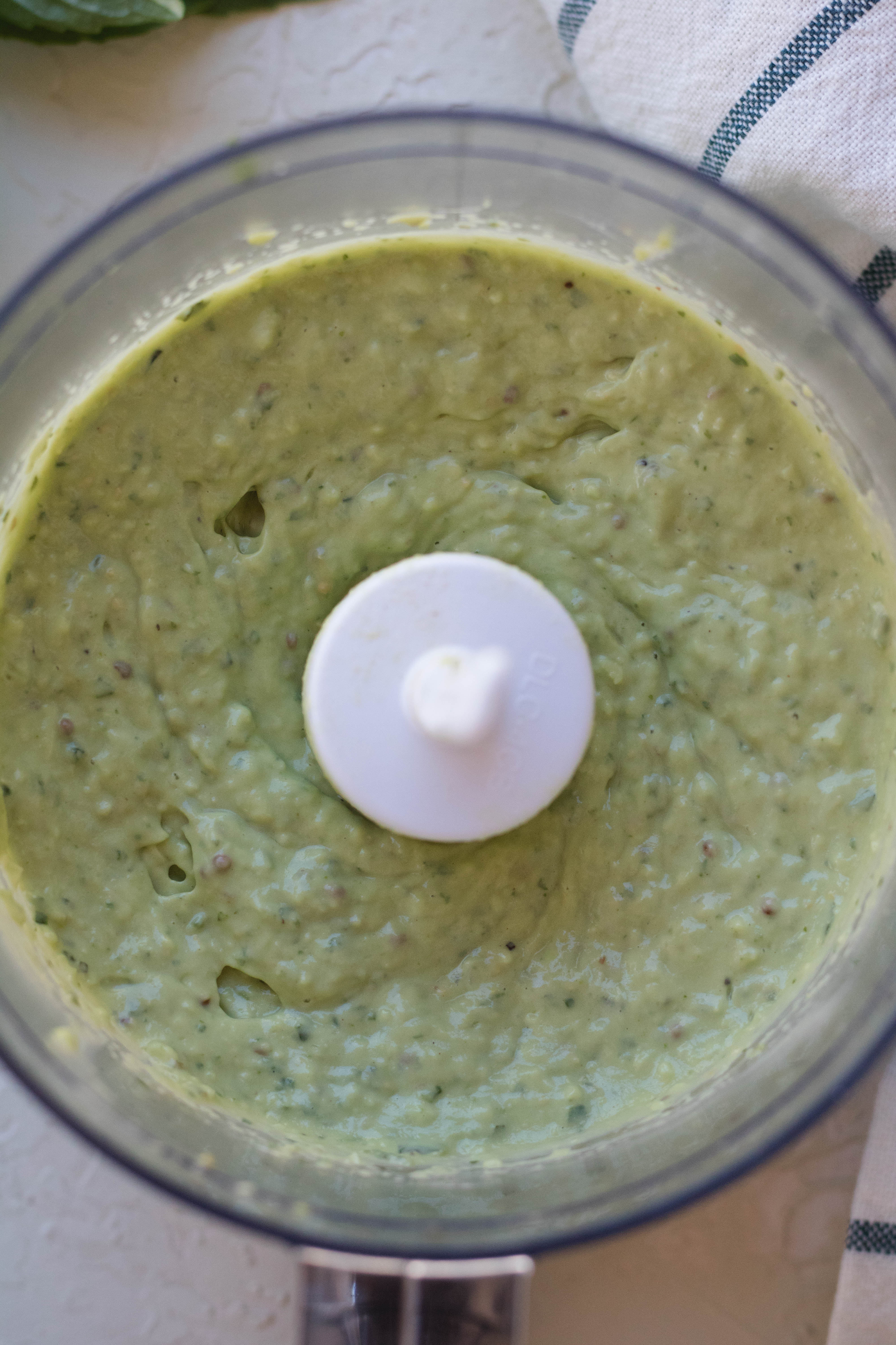 Blended avocado pasta sauce