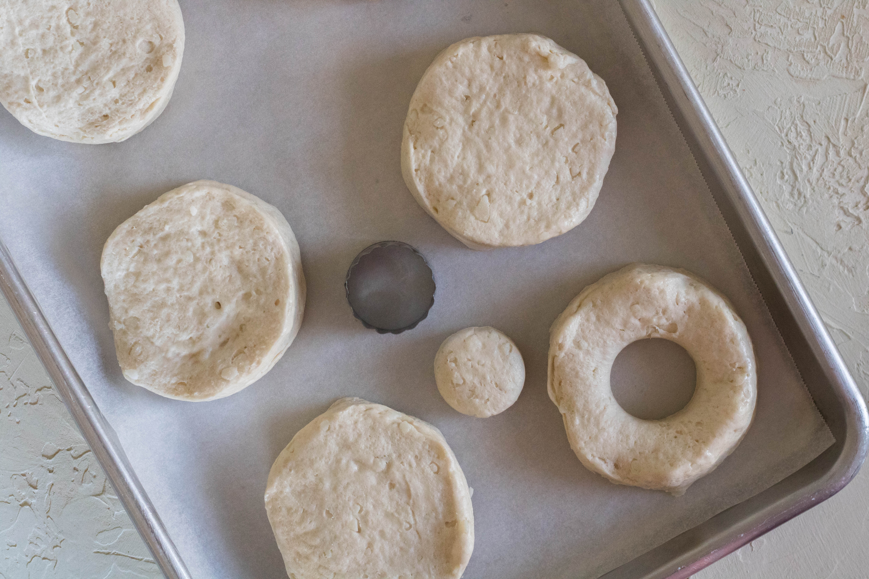 biscuit air fryer donuts