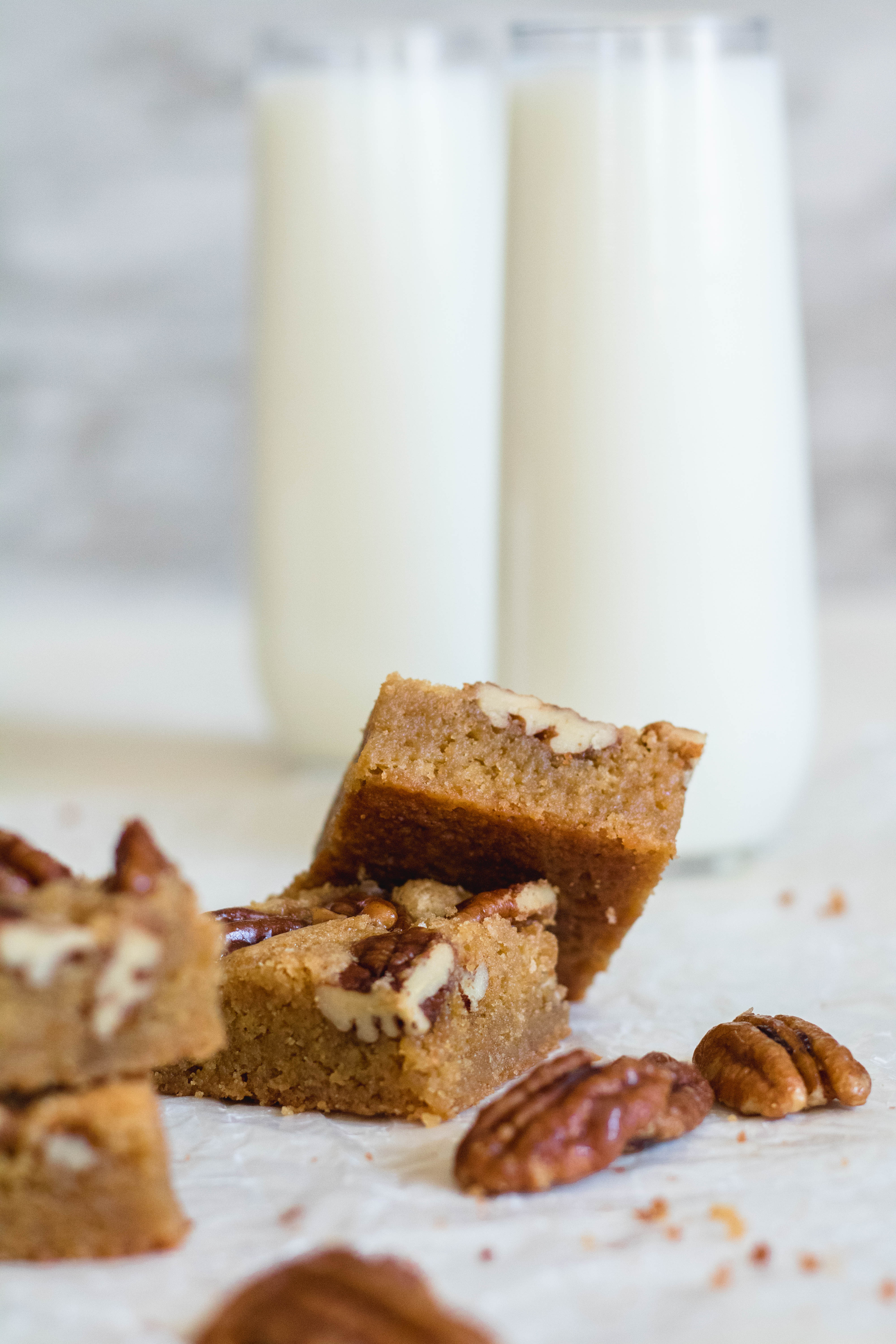 super chewy brown butter blondies