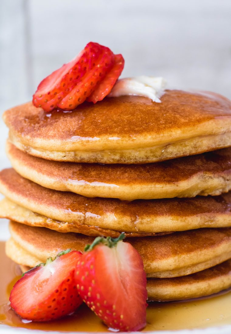 Super Fluffy Almond Flour Pancakes