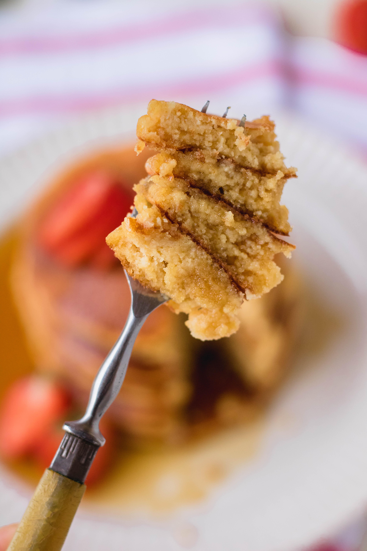 fluffy almond flour pancakes gluten free