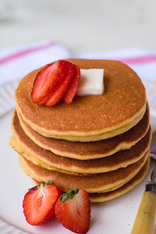 Keto gluten free and paleo almond flour pancakes