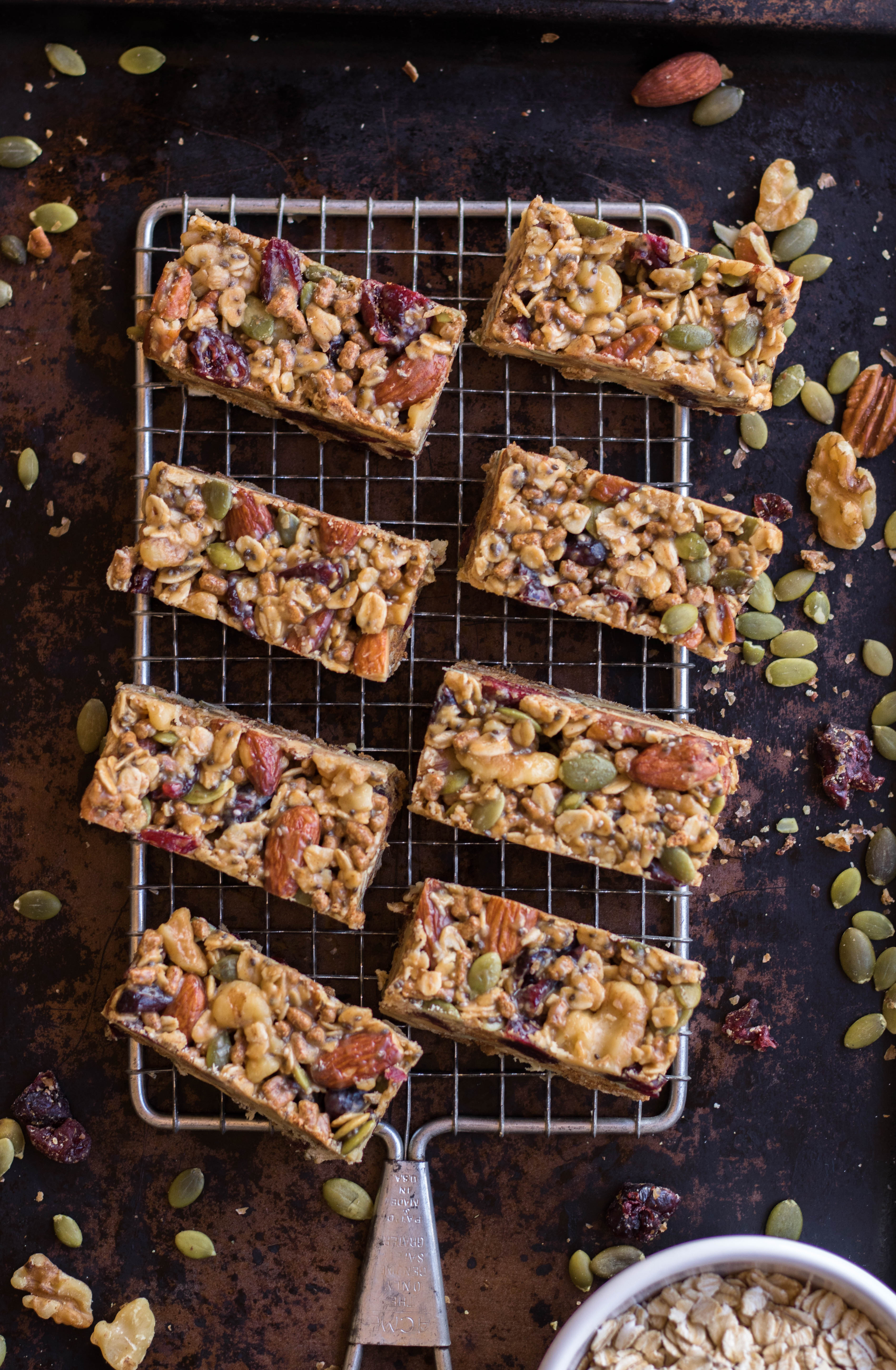 The easiest trail mix granola energy bars