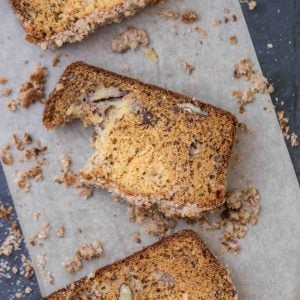 pecan banana bread with streusel topping