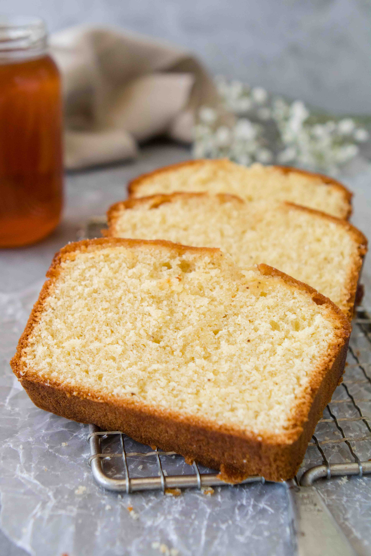 Honey cake recipe with honey syrup