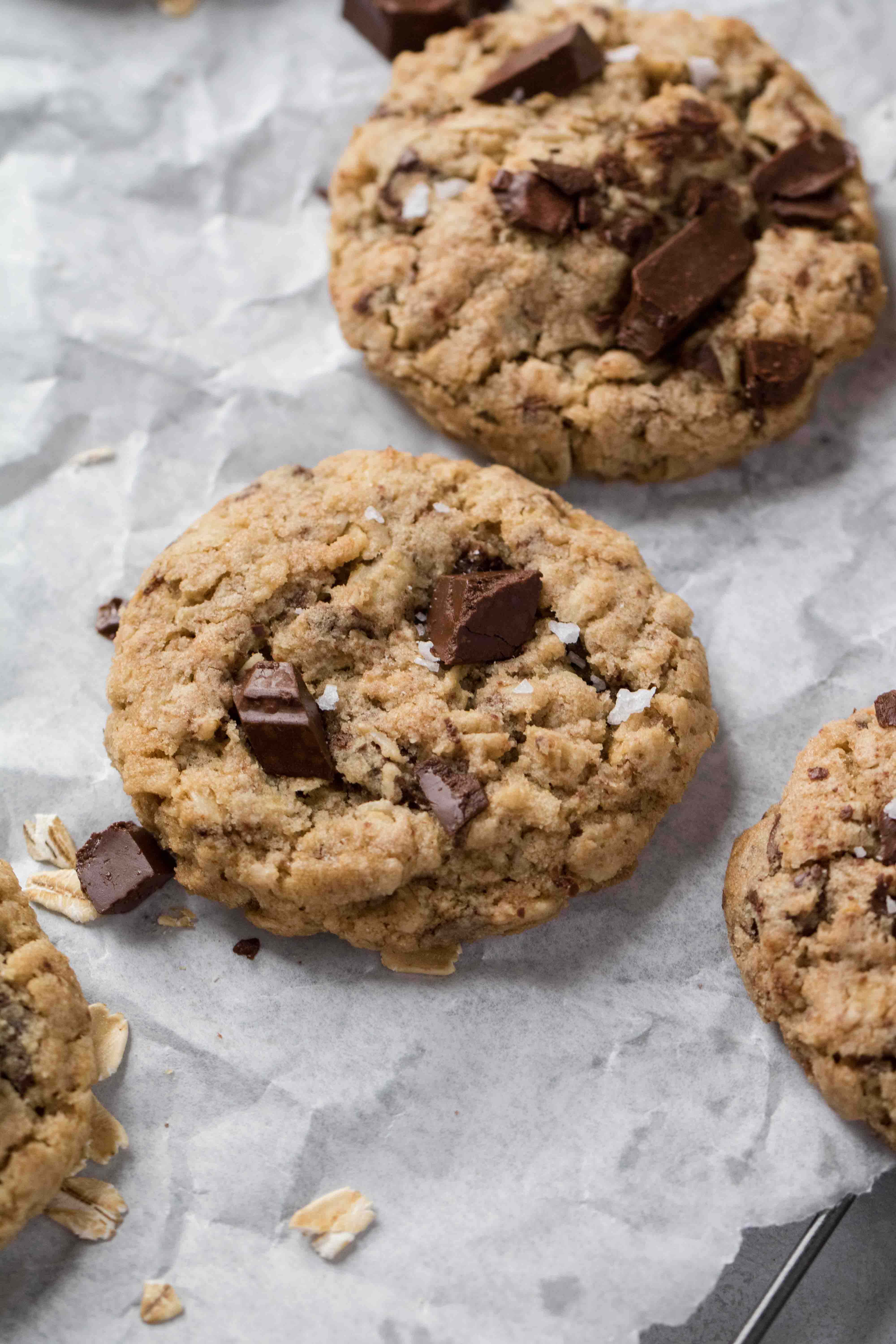 The easiest oatmeal chocolate chip cookies