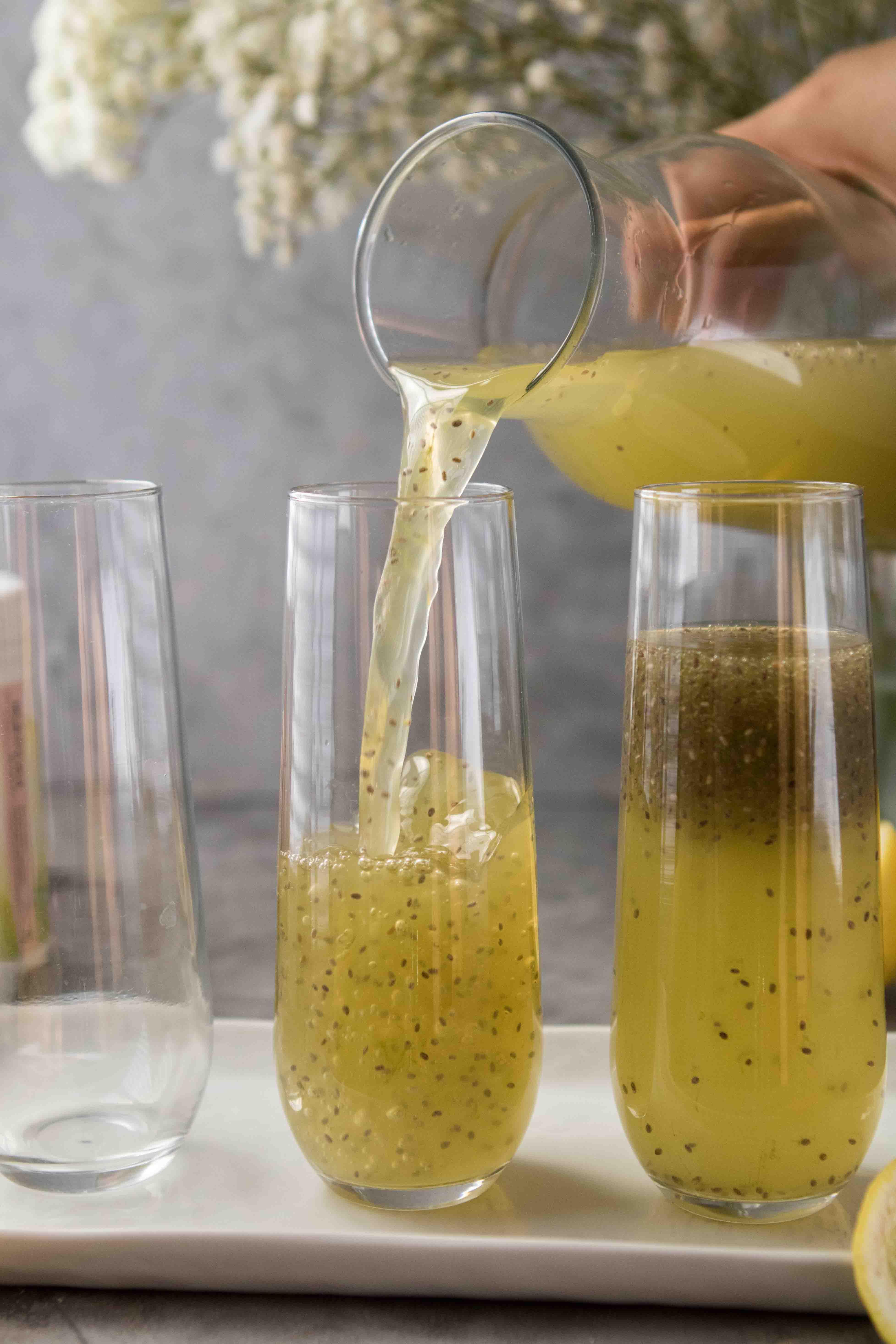 Summertime keto lemonade with matcha