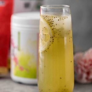 Matcha summer lemonade with chia seed