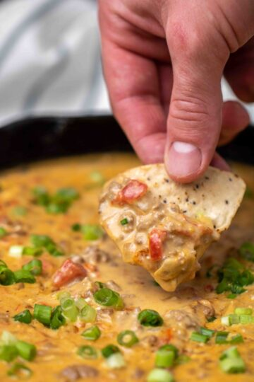 Rotel dip bite with a chip