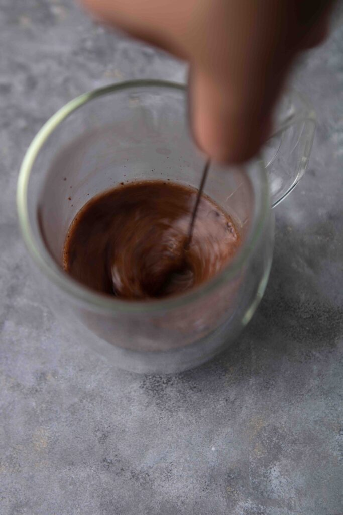 Step-by-step-how-to-make-hazelnut-hot-chocolate