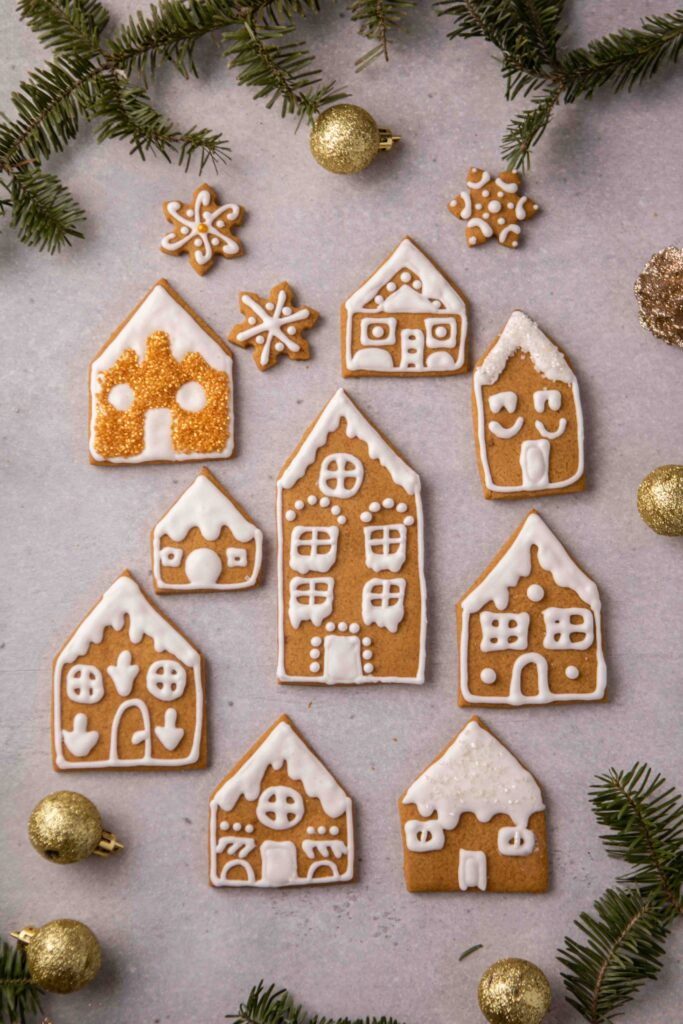 Gingerbread house cookie decoration ideas