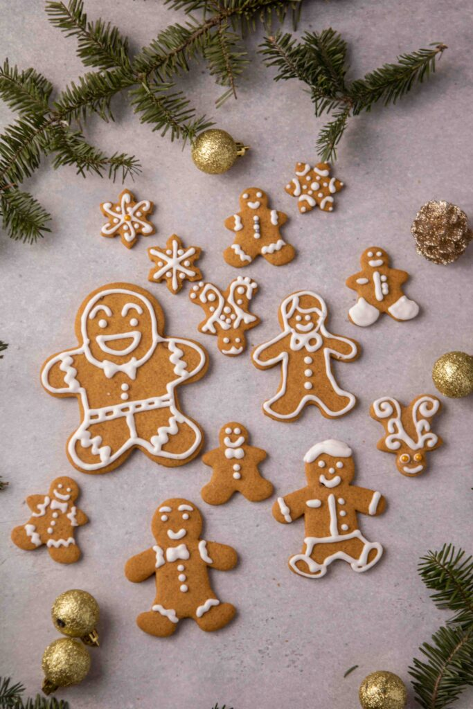 Gingerbread men cookie decoration ideas