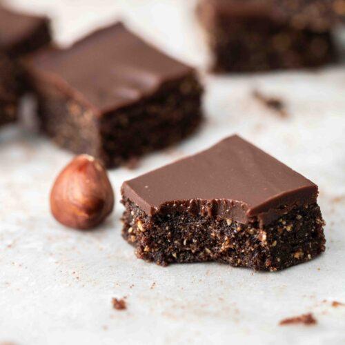 vegan chocolate hazelnut bite