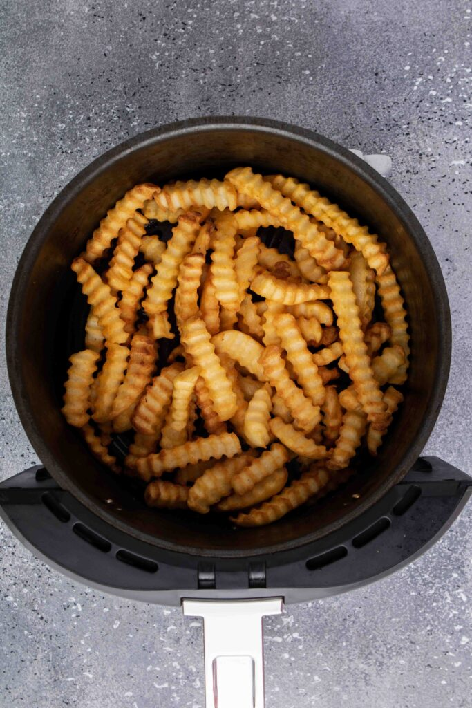 Step by step to make frozen french fries in the air fryer