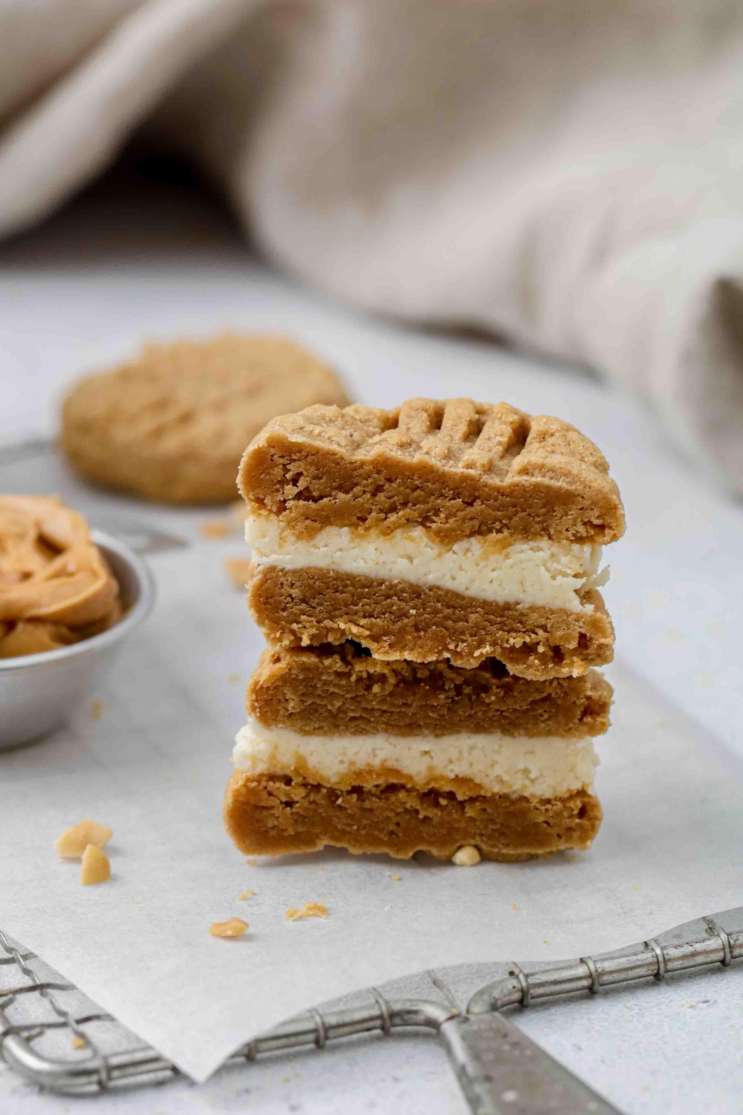 Stuffed peanut butter cookies