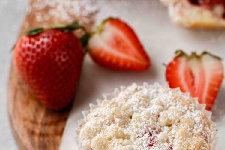 Strawberry jam muffin with streusel