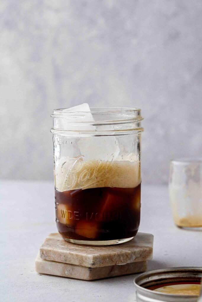 Foamy shaken espresso