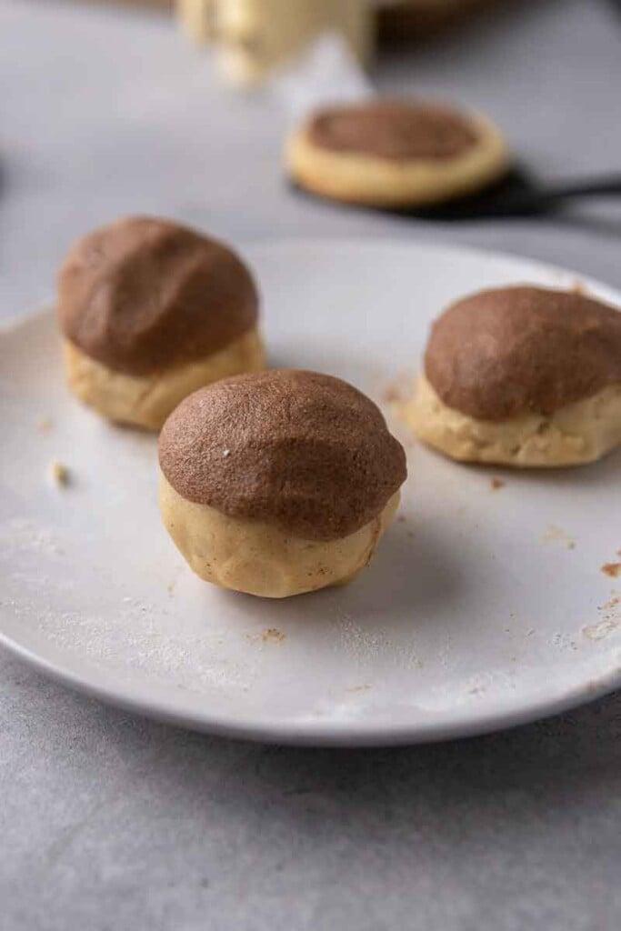 Brown sugar cinnamon mixture on cookie