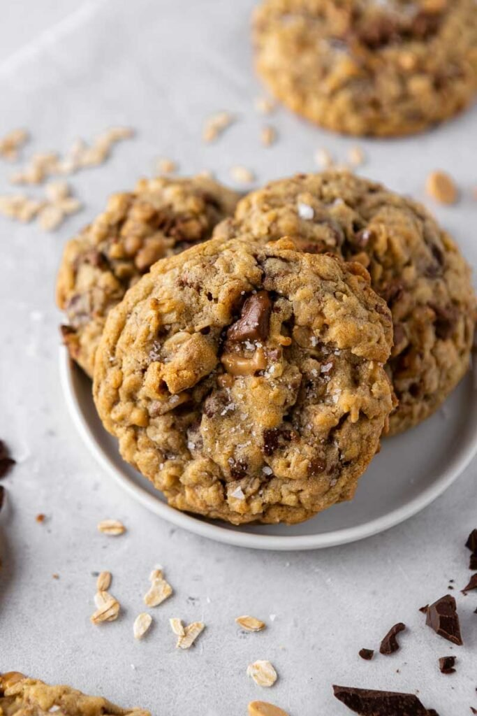 Crumbl Oat cookies with toffee