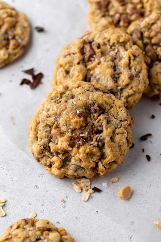 Texture of the toffee oatmeal cookies