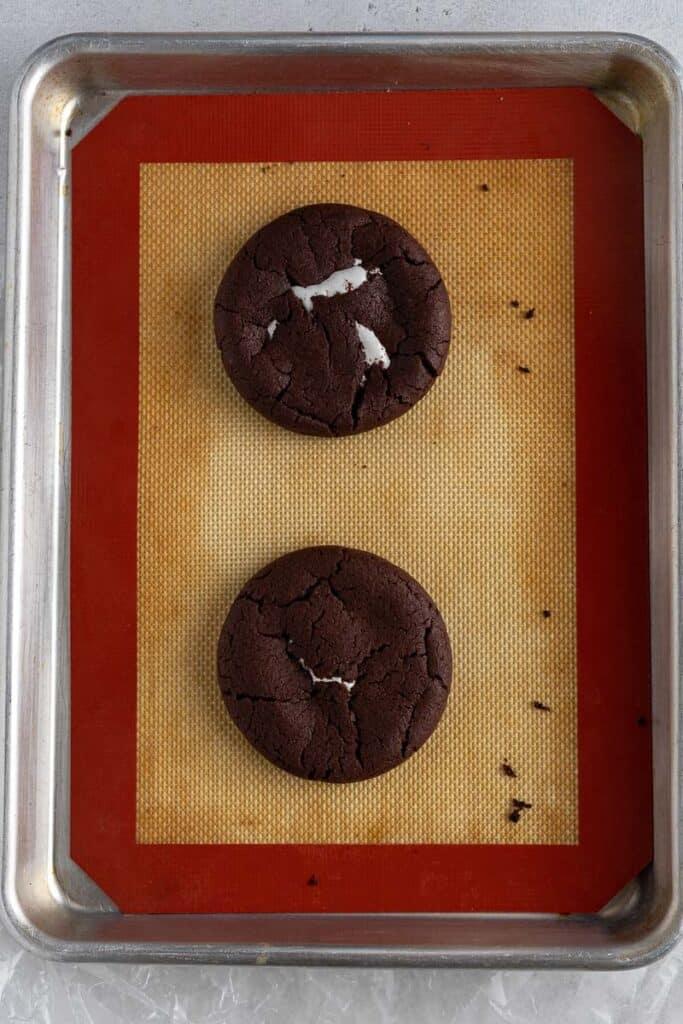Chocolate marshmallow fluff cookies