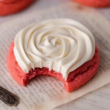 Crumbl pink velvet cookies