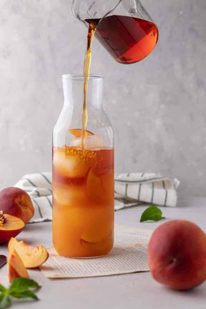 Peach syrup with black tea