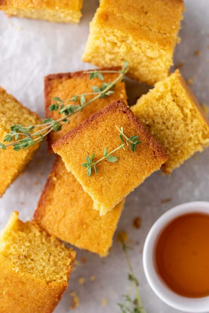 Sliced cornbread with thyme