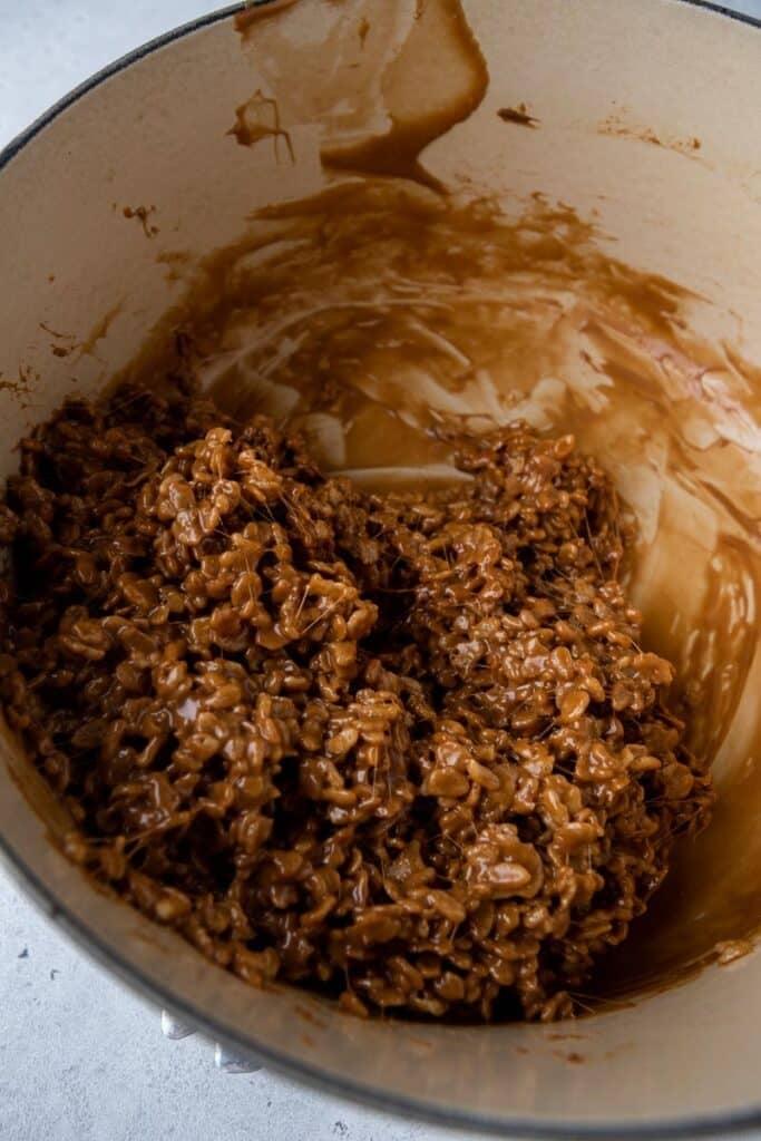 Chocolate rice krispy cereal