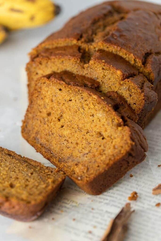 pumpkin banana bread loaf