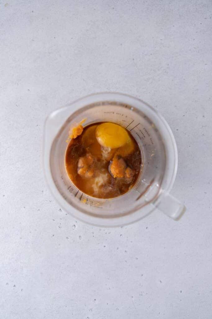 Wet ingredients in measuring cup