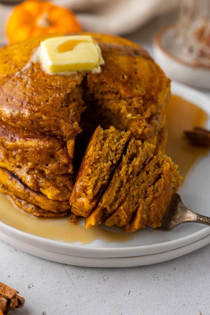 Fluffy pumpkin pancake recipe